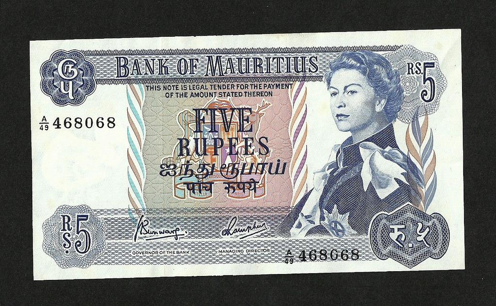 MAURITIUS 5 RUPII 1967 PICK#30c UNC-