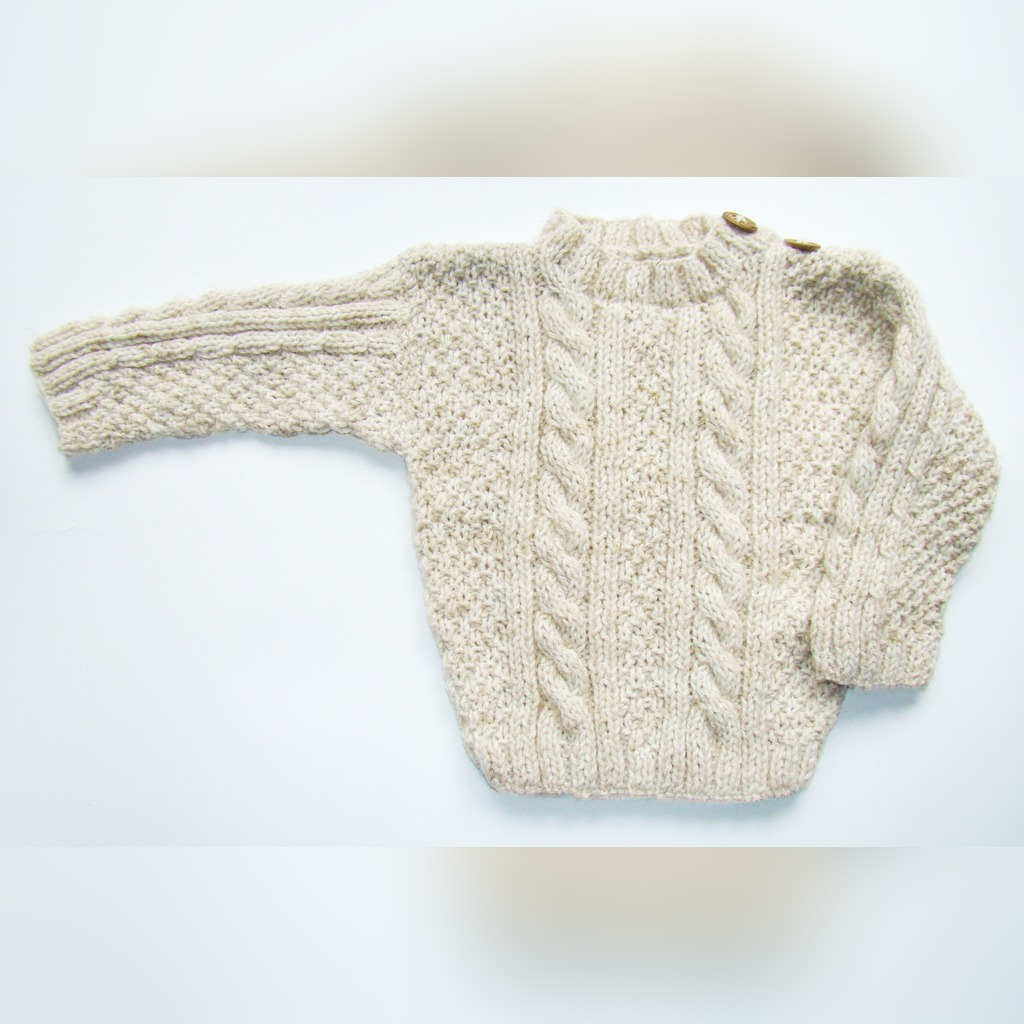 Sweterek Dla Niemowlaka Recznie Robiony Na Drutach Kup Teraz Za 70 00 Zl Warszawa Allegro Lokalnie