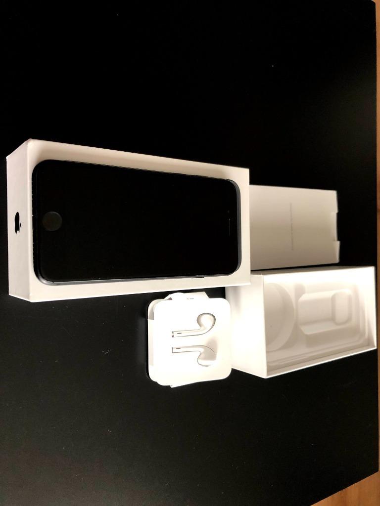 Купить iPhone 7 32gb черный полный комплект KL A ++! на Otpravka - цены и фото - доставка из Польши и стран Европы в Украину.