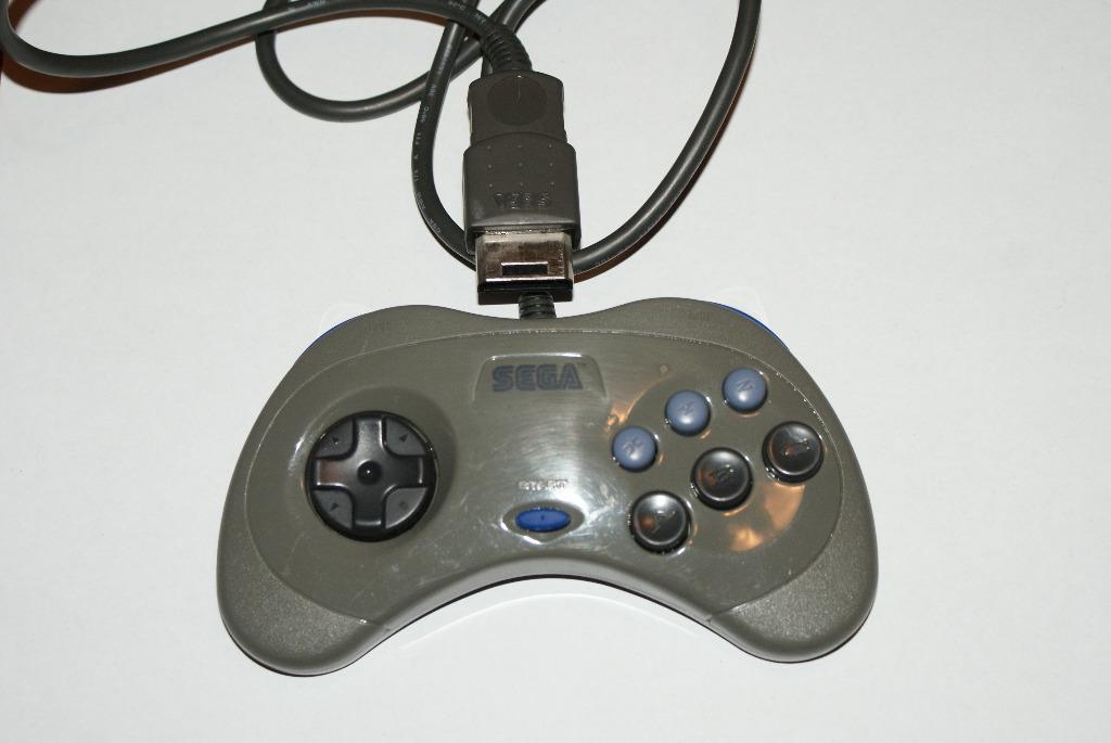 Купить Pad Sega Saturn original HSS-0101 Controller на Otpravka - цены и фото - доставка из Польши и стран Европы в Украину.