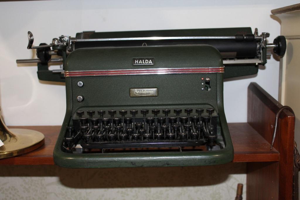 Maszyna do pisania Halda lata 40'/50' uszkodzona