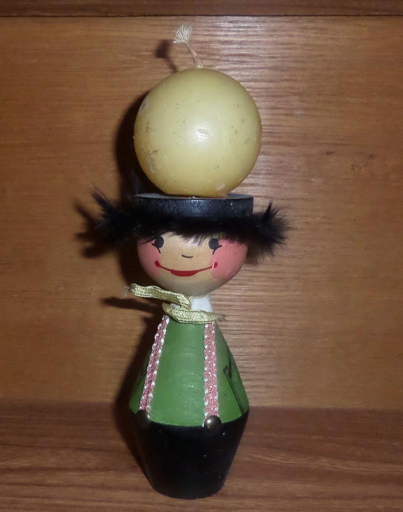 Item FIGURINE doll wood CANDLE holder vintage UNIQUE pnrm.