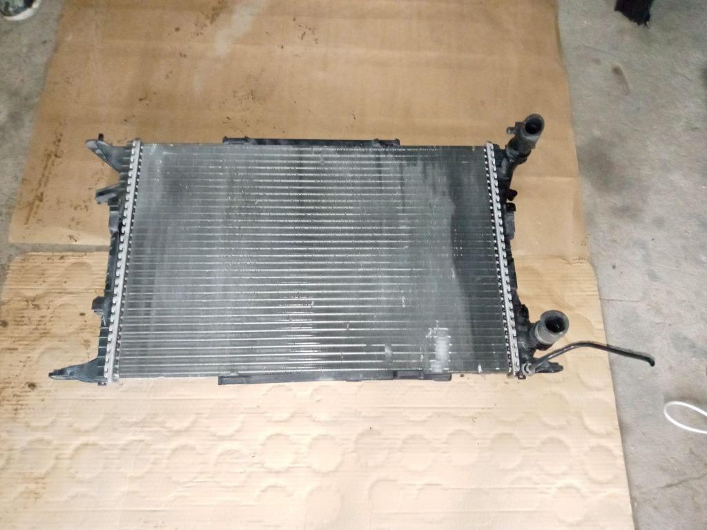 радиатор воды manual audi q5 8r0 2 0 tdi