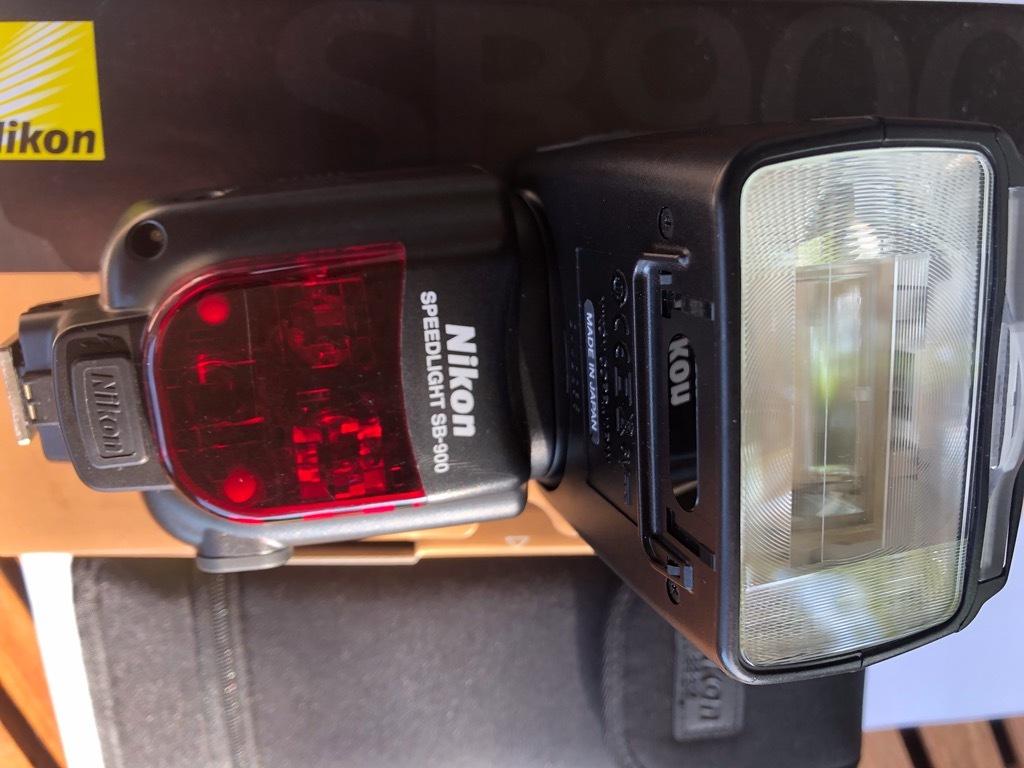 Item Flash Nikon SB-900