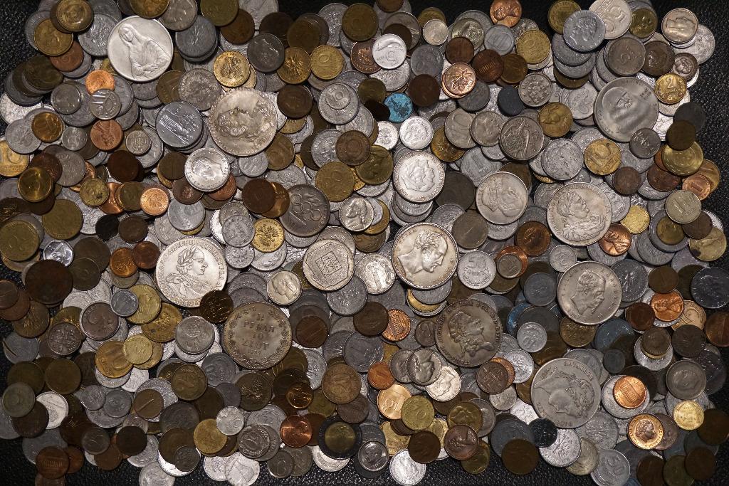 Набор старинных монет более 800 штук