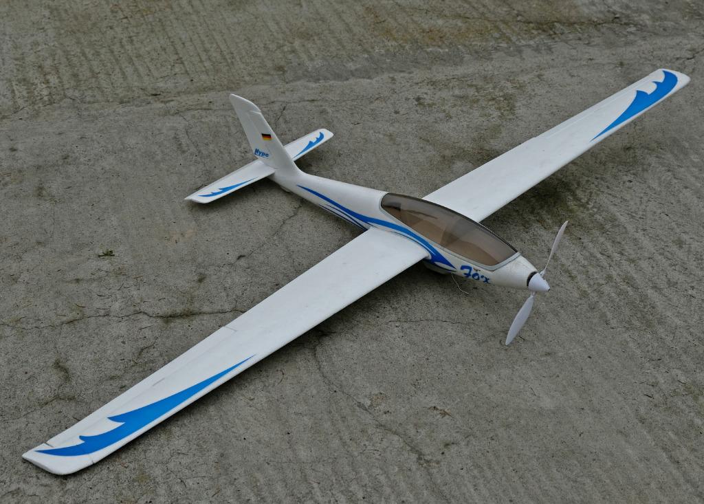 Swift-планер размахом 178 см