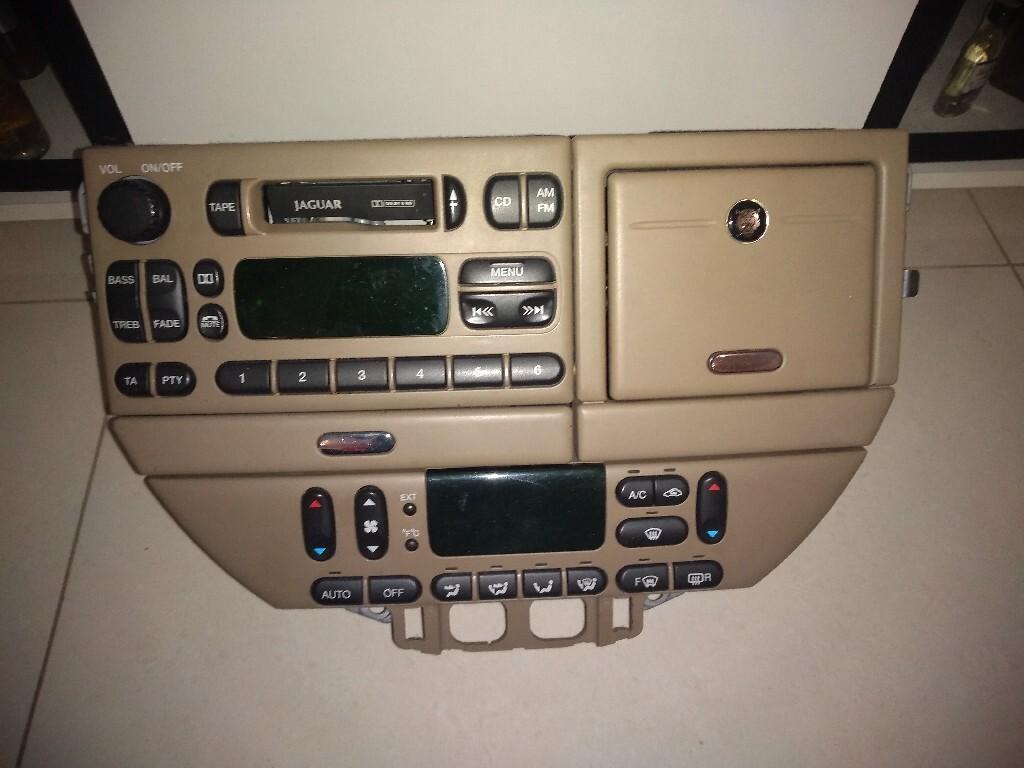радио  jaguar s type 2001 r