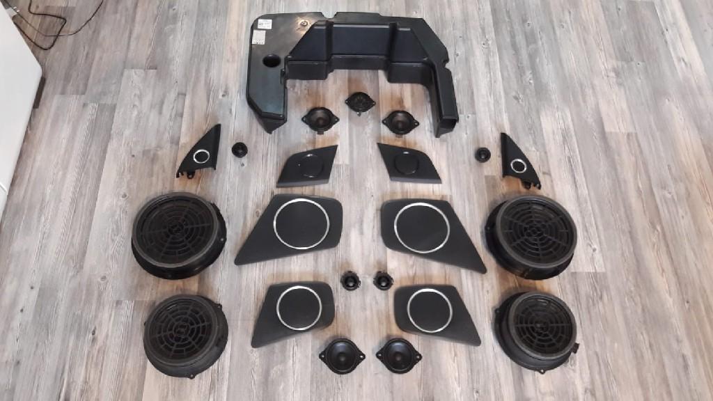 Audi A4 B8 Avant zestaw głośników 6