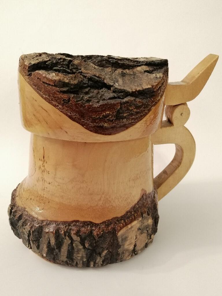 Drewniany kufel do piwa