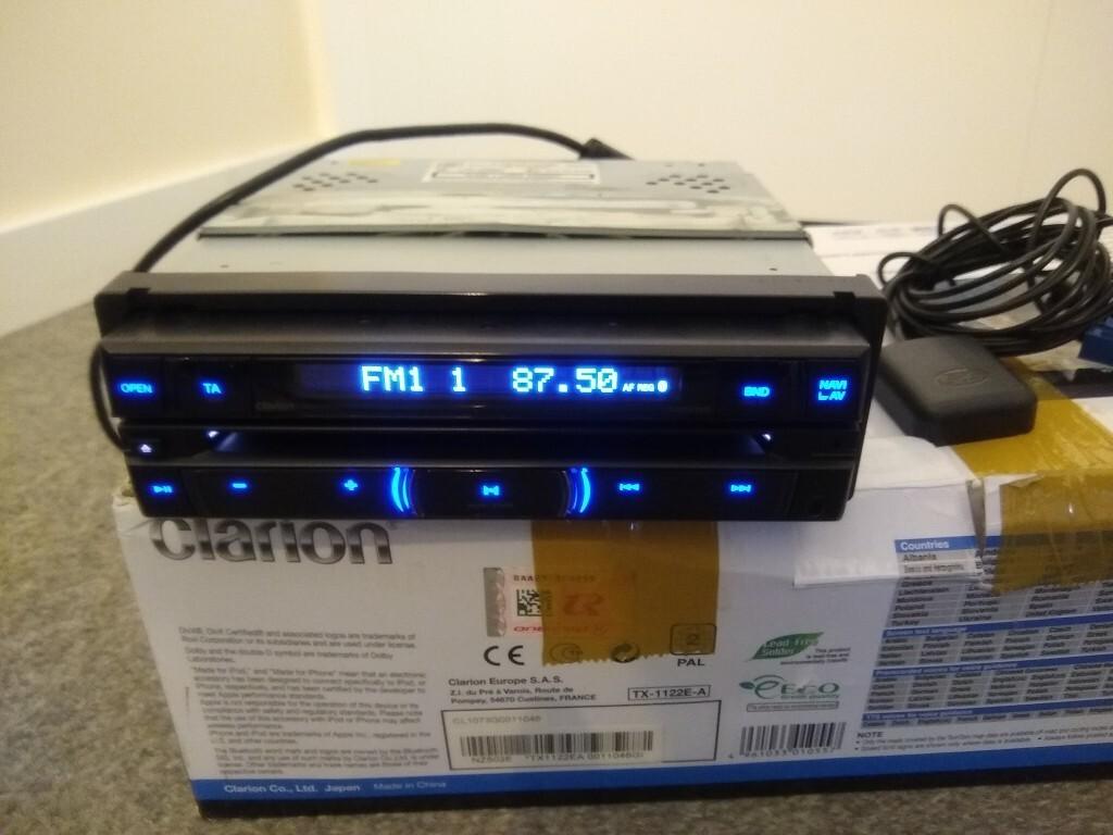 радио dvd навигация clarion nz502e