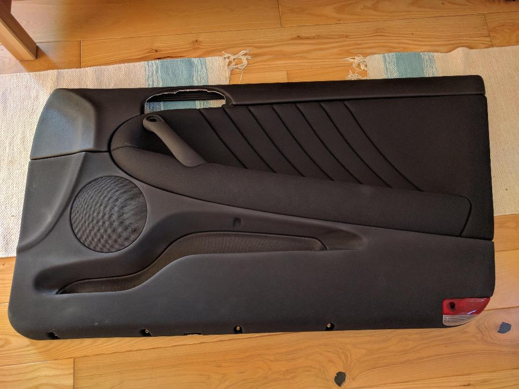 новый правый бекон двери альфа romeo 147 3d  gt