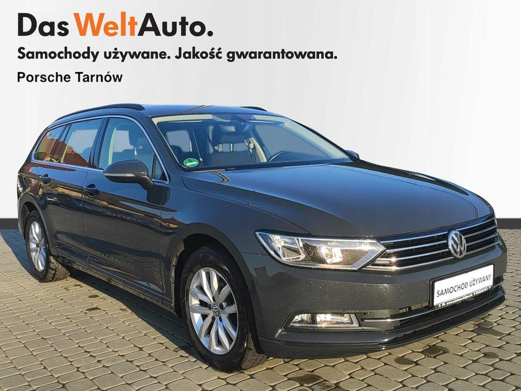 Volkswagen Passat navi, masaż, PDC, fv 23%