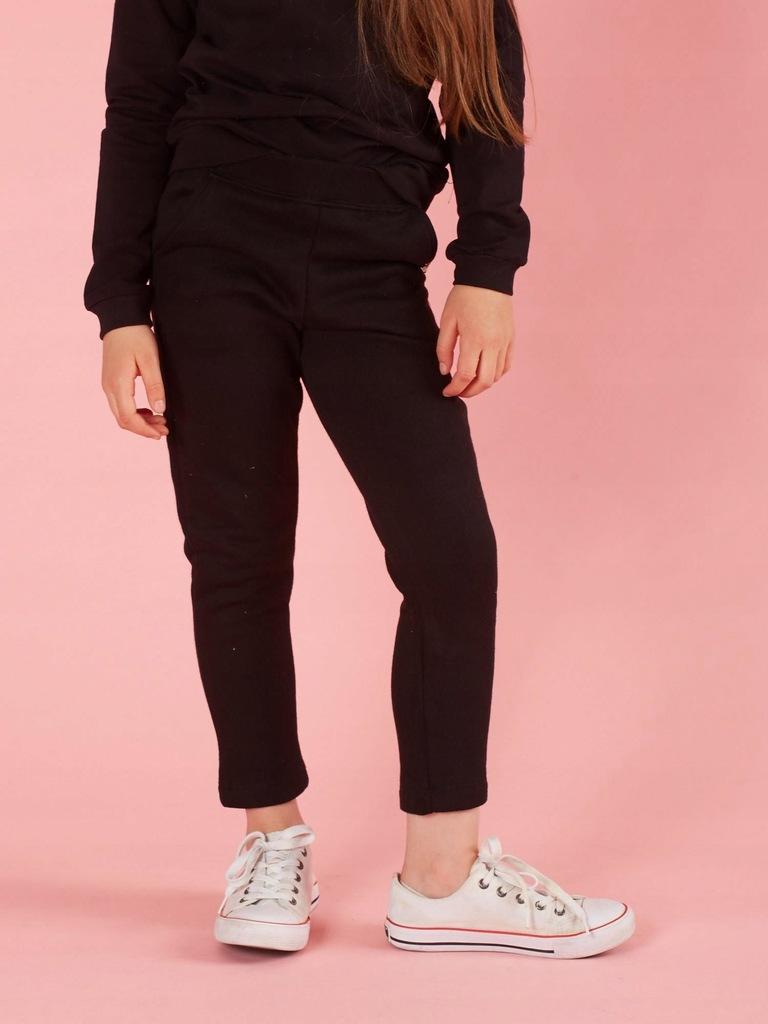 Dziecięce spodnie dresowe czarne 164
