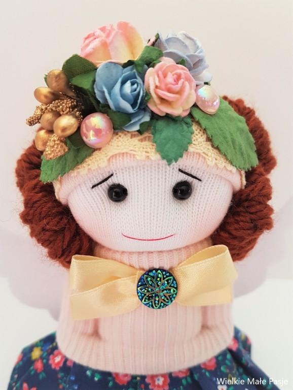 Aniołek- lalka dekoracyjna