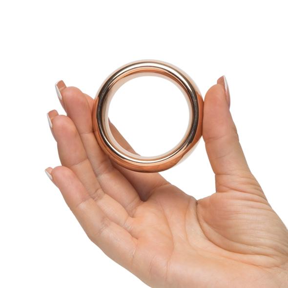 Metalowy pierścień na penisa - rozmiar Large