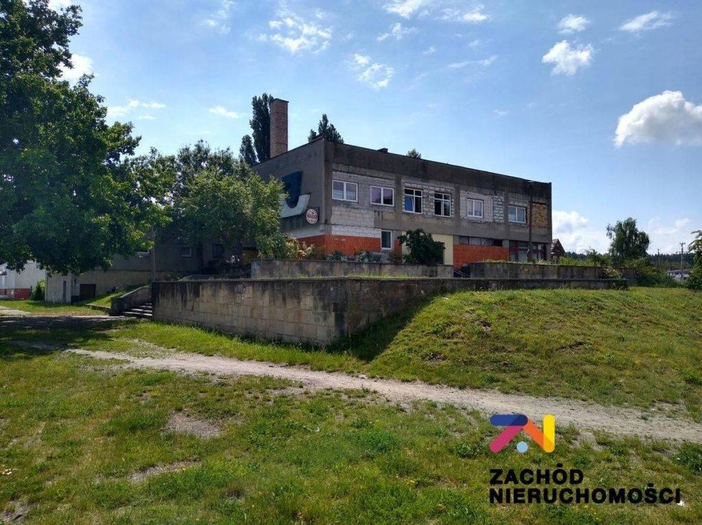Fabryka, Łęknica, Żarski (pow.), 2766 m²