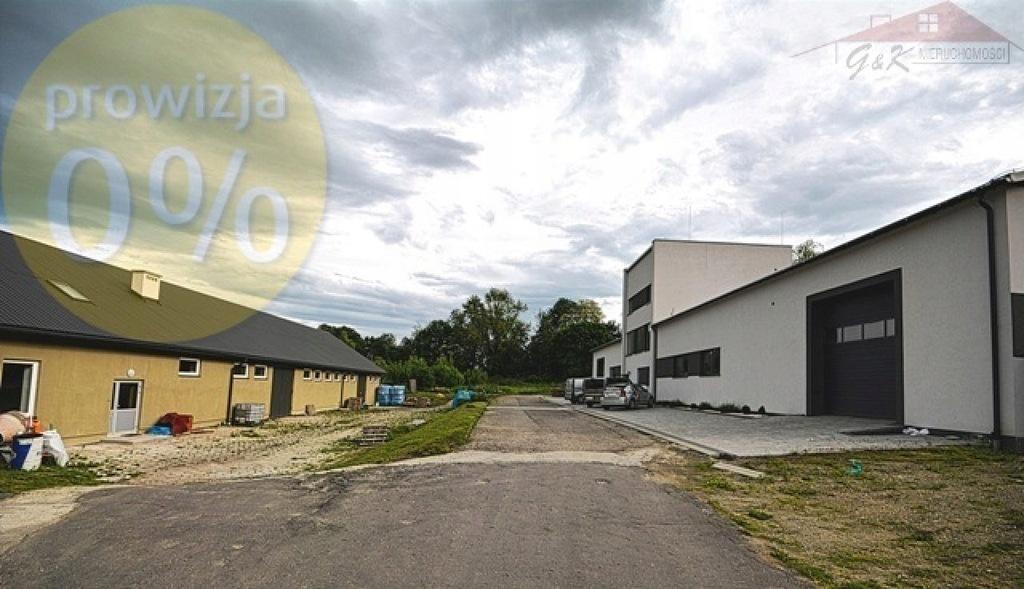 Magazyny i hale, Przemyśl, 1076 m²