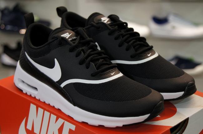 Buty NIKE Air Max Thea 599409 028 BlackWhite Sneakersy