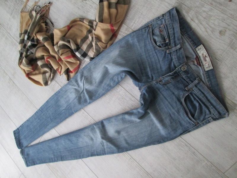 HOLLISTER__STRETCH SPODNIEN jeans RURKI__26 36