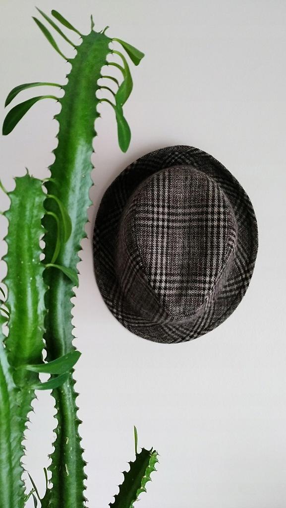 RESERVED kapelusz męski w kratkę