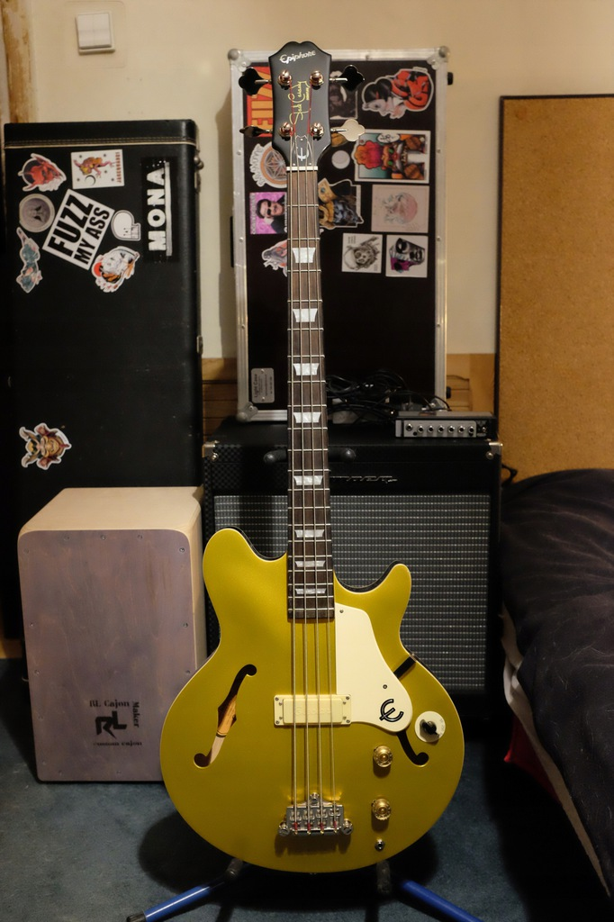 Epiphone Jack Casady semi hollow bass + case