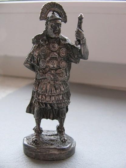 Figurka metalowa RZYMIANIN nr 1
