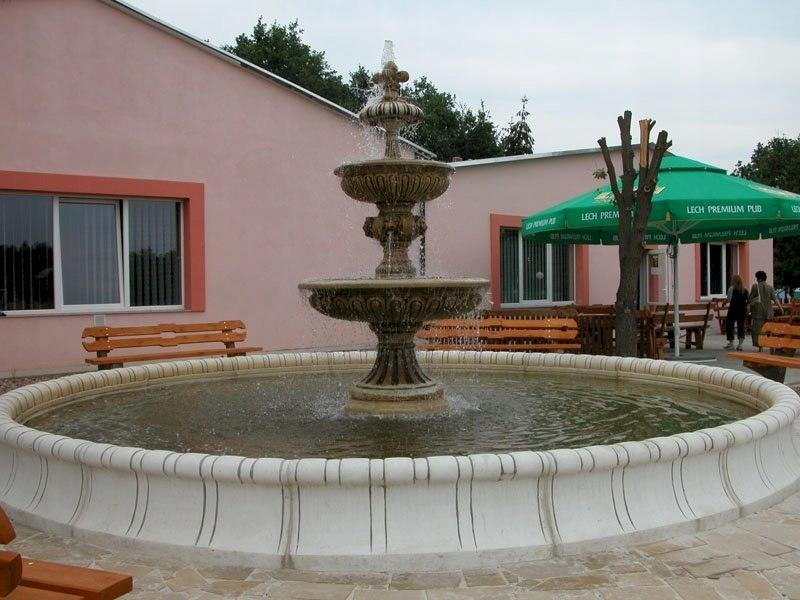 VB Fontanna ogrodowa oczko wodne dekoracja betonow