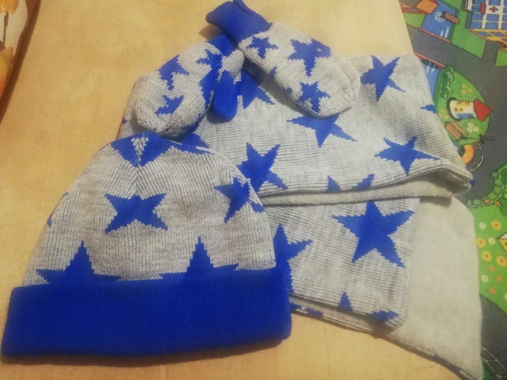 Komplet zimowy czapka szal rękawiczki 1 - 2 lat