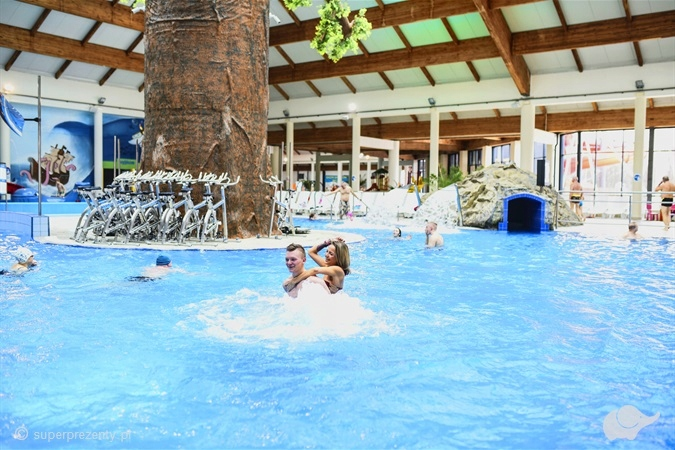 Aquapark Fala: Strefa basenowa dla 1 osoby