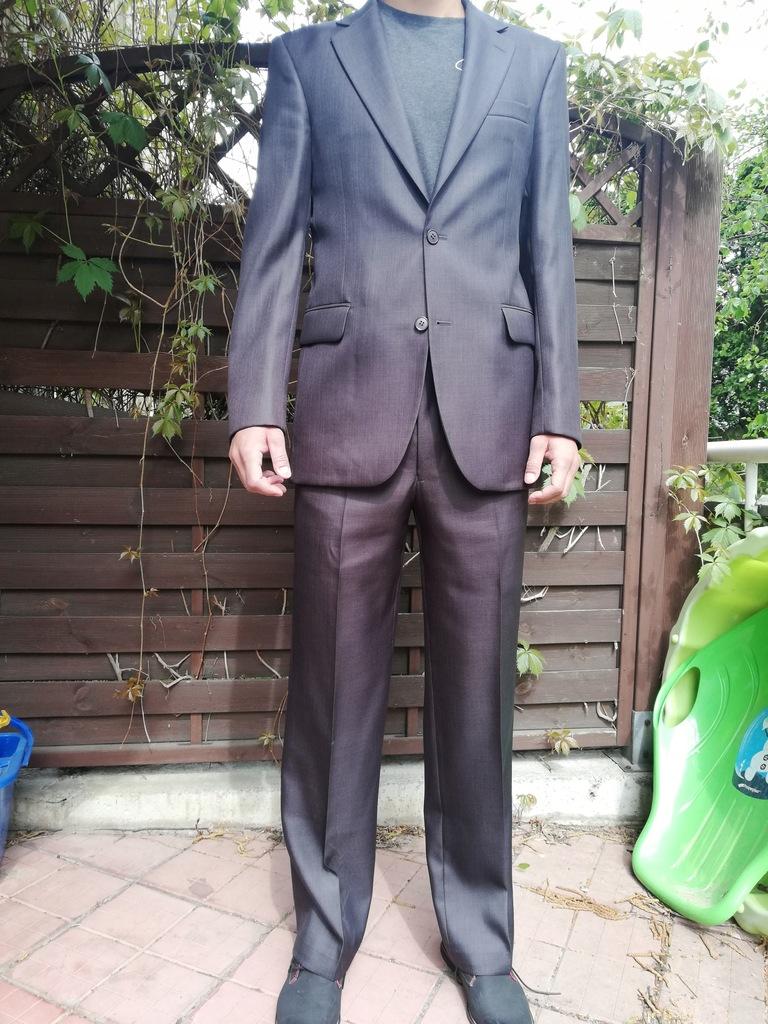 Świetny garnitur PERFEKT