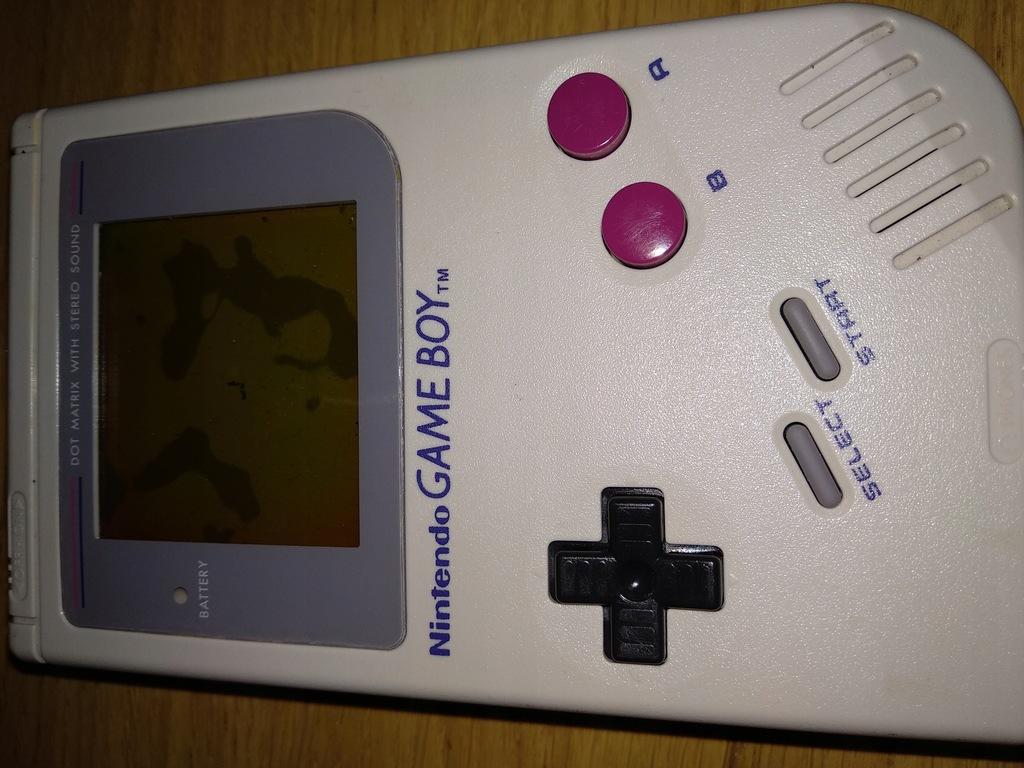 Game Boy Classic + podświetlanie + bivert chip BCM