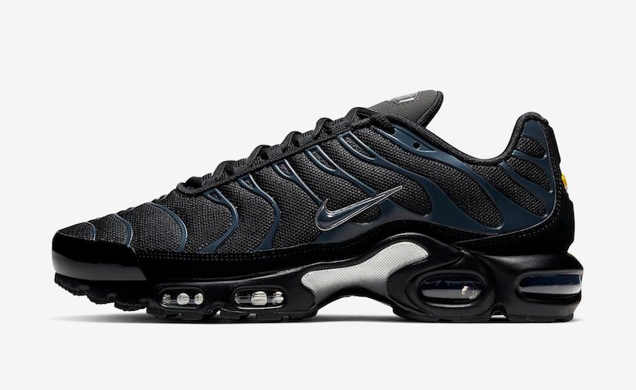 Buty męskie Nike AIR MAX PLUS | 852630 022 | Kolor: Czarny | Cena: 575.99zł sklep perfektsport.pl