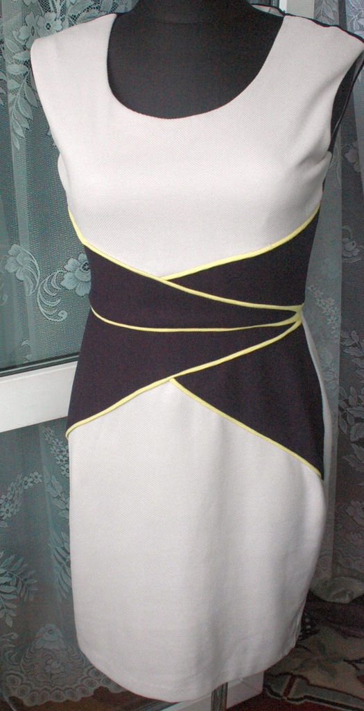 ^ NEW YORK sliczna sukienka, kroj r 36-38 grati