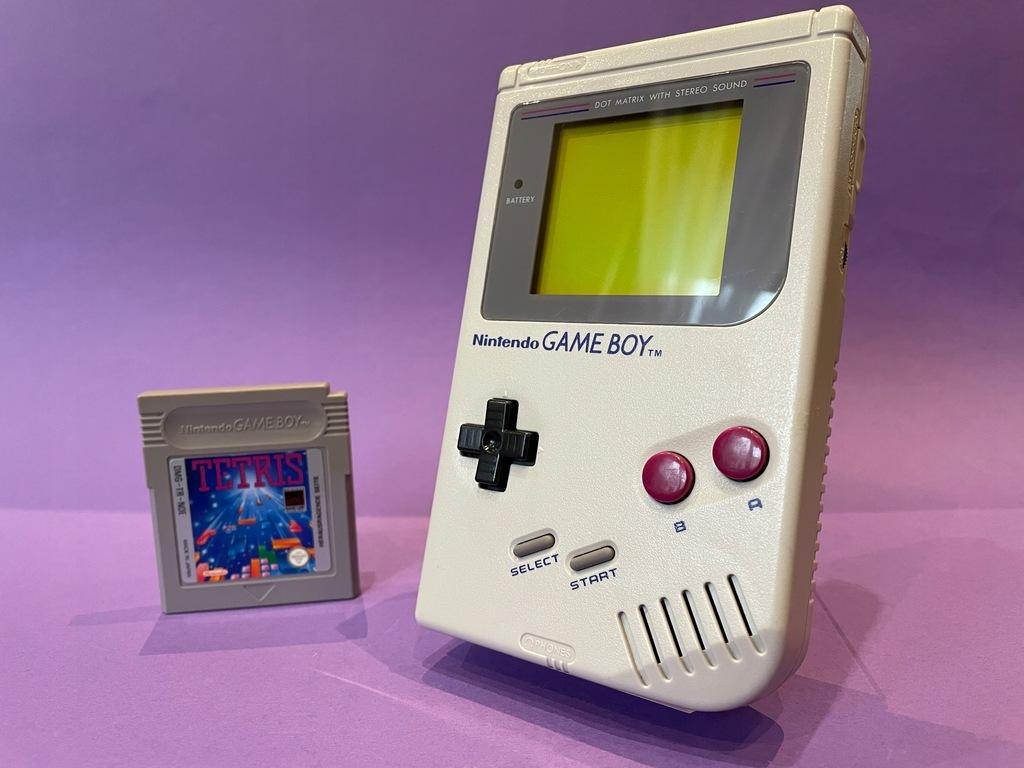 Nintendo Game Boy Classic DMG ładny stan + TETRIS
