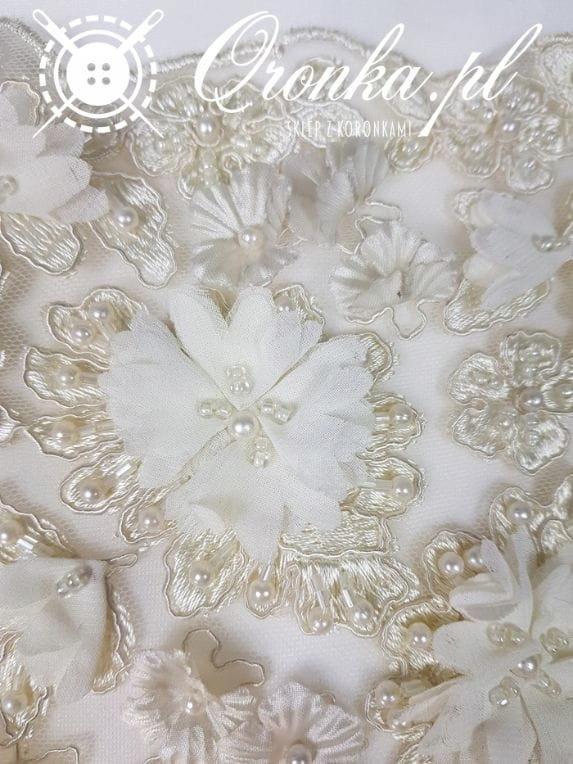 Koronka 3d bogato ręcznie zdobiona kremowa, tkanin