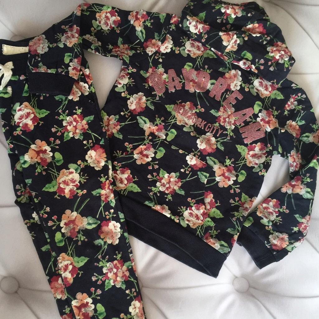 ZARA dresy w kwiaty rozmiar 122 komplet