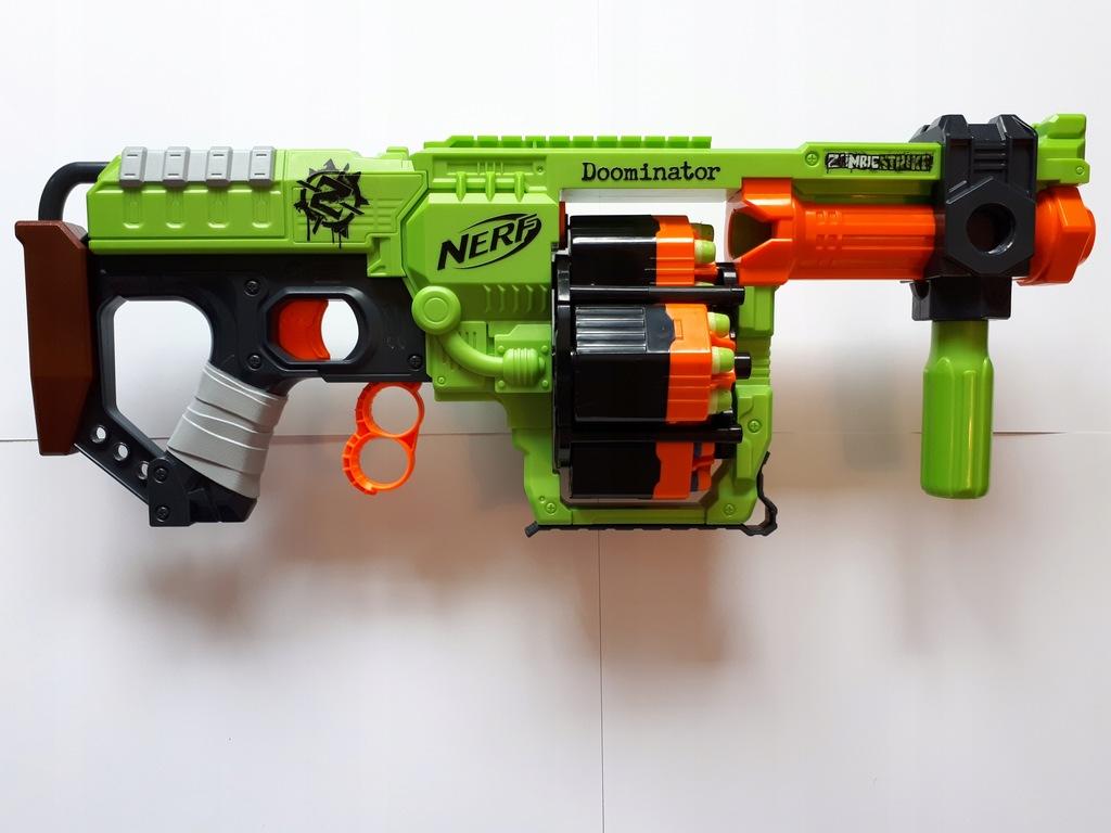 Zestaw NERF 1pistolet+2karabiny+strzałki - okazja!