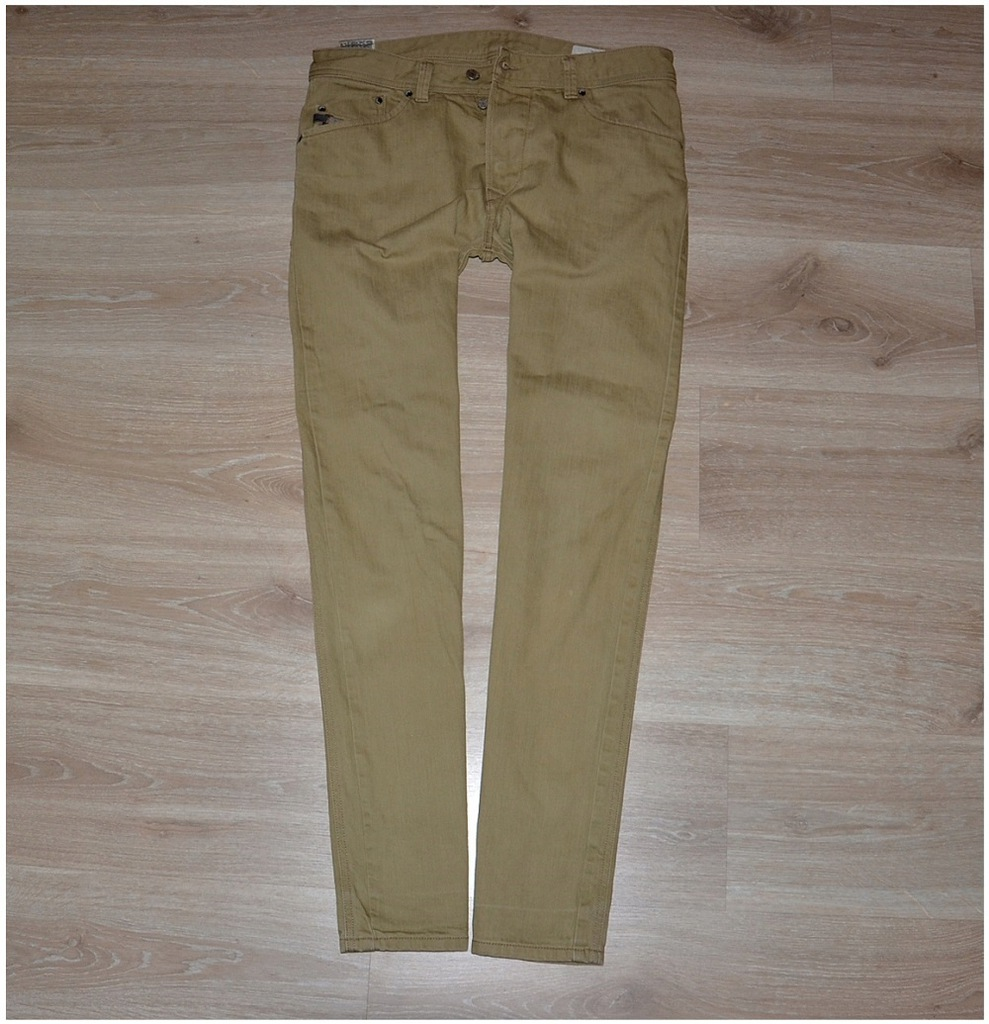 Diesel Darron Regular Slim Jeans W32 L32 Pas-87