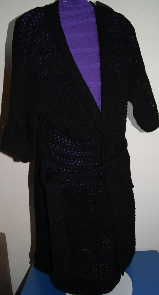ESPIRT sweter zakladany , wiązany 38