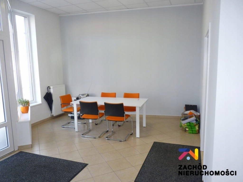 Komercyjne, Świebodzin, Świebodzin (gm.), 80 m²