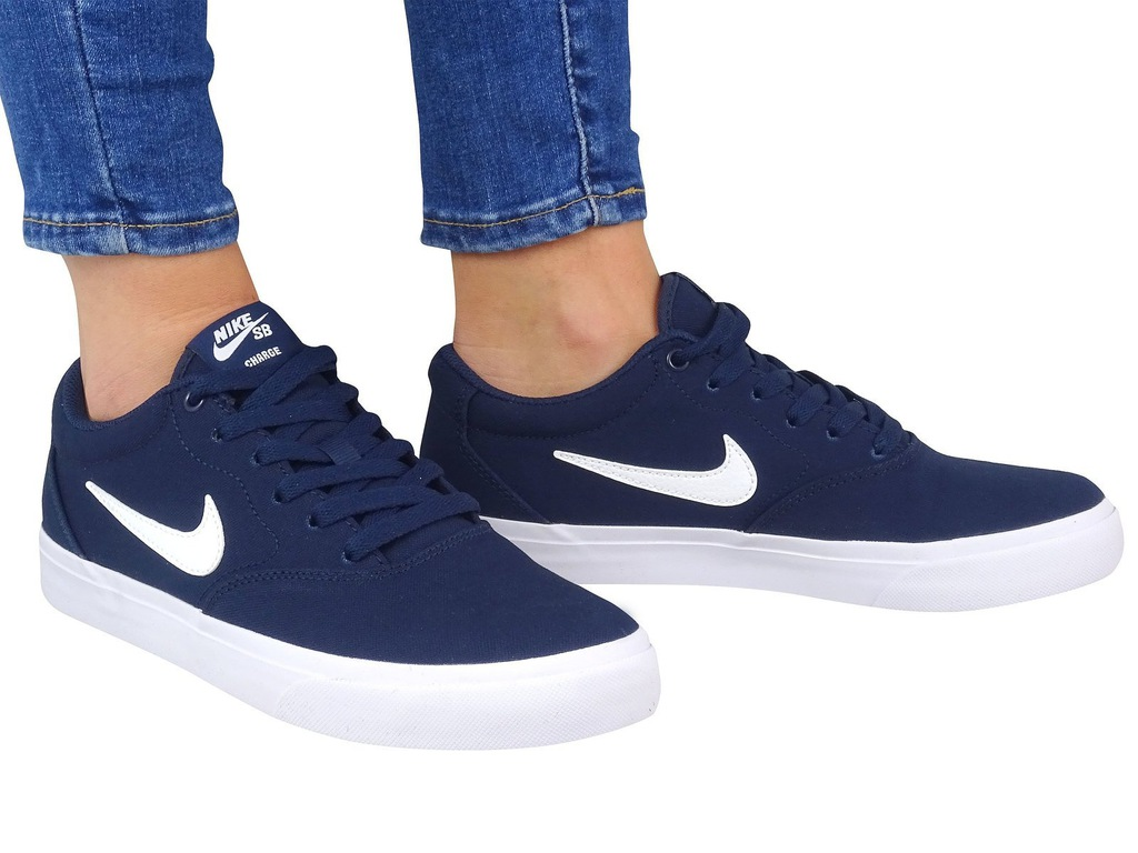 NIKE SB CHARGE SOLARSOFT TEXTILE CD6279 400 r.47,5
