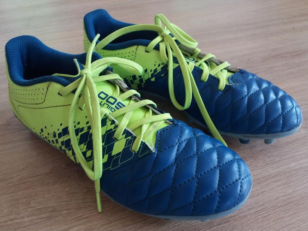 Buty piłkarskie Kipsta 35 jak nowe