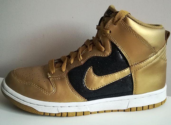 Złote buty damskie NIKE DUNK HIGH 39
