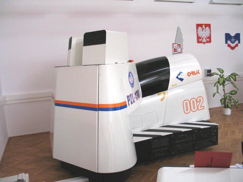 WSOSP DĘBLIN - LOT SYMULATOREM PZL - 130 ORLIK
