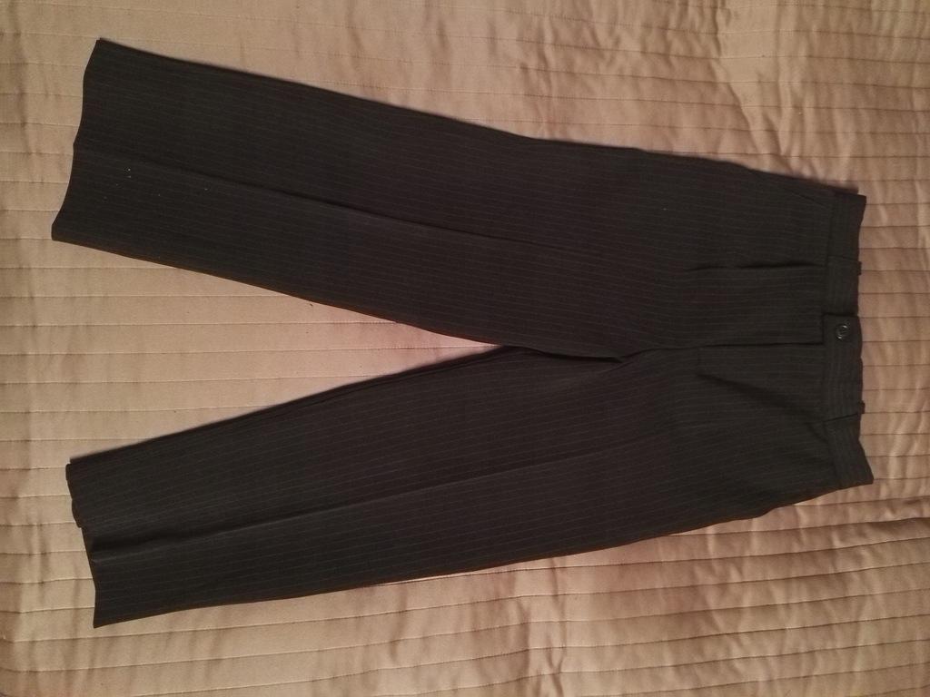 Garniturowe wizytowe spodnie chłopięce 134