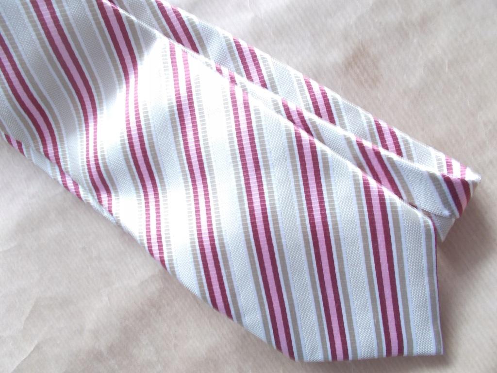 ZARA Designerski Krawat Nowy 100% Jedwab Hiszpan