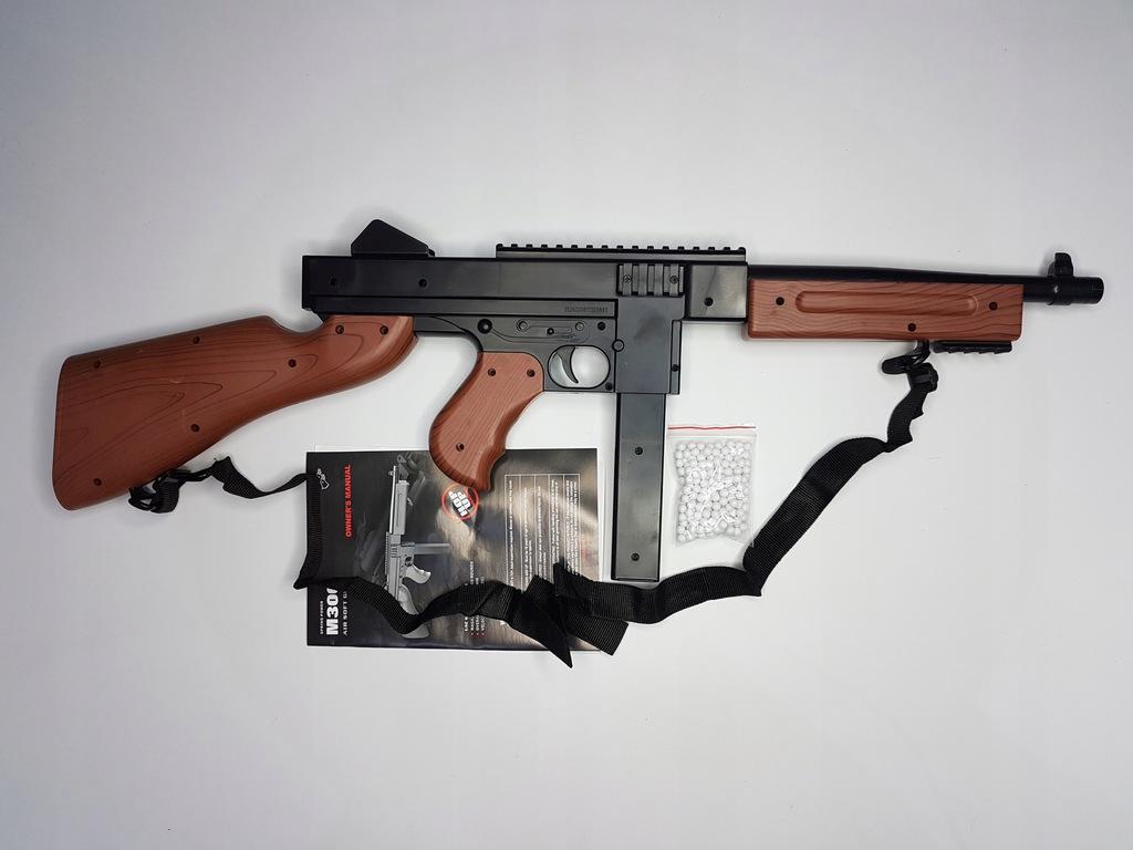Thompson pistolet maszynowy M1A1
