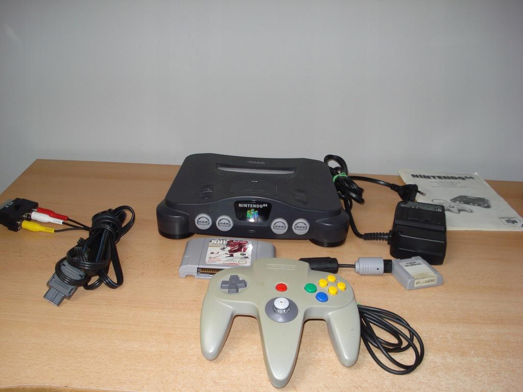 Konsola Nintendo 64 zestaw