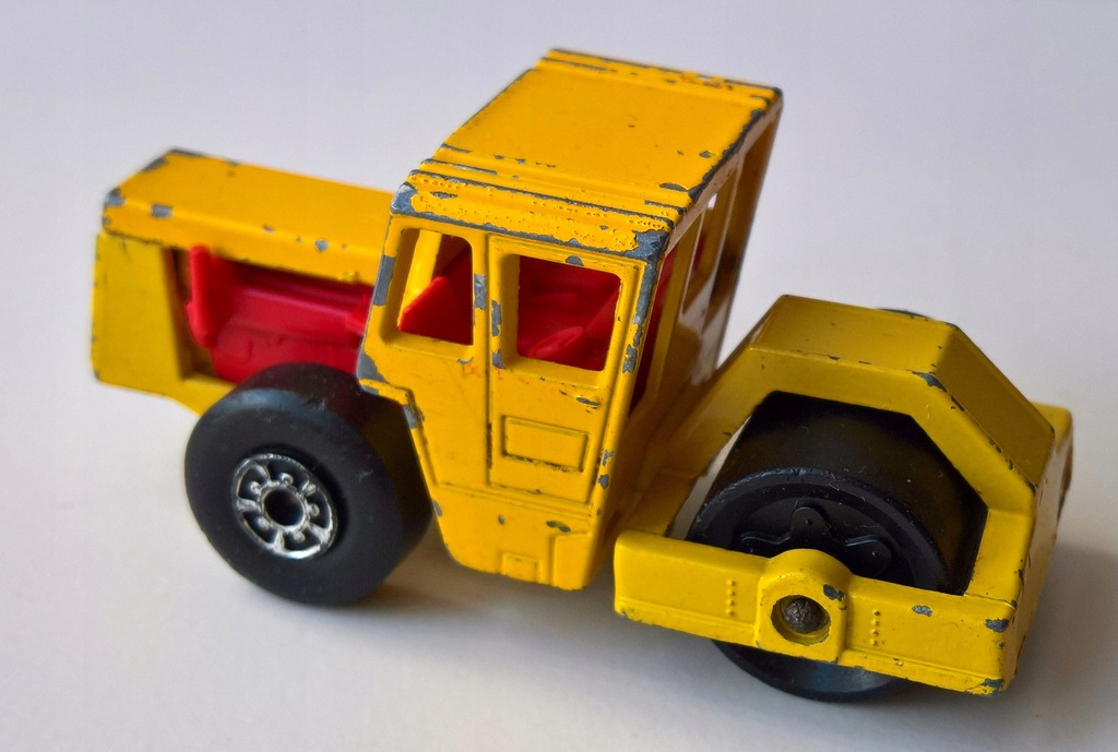 MATCHBOX-BOMAG ROAD ROLLER