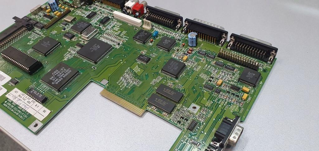 Amiga 600 Płyta Nowe Kondensatory
